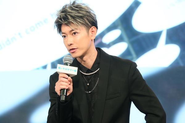 竜とそばかすの姫佐藤健髪型最新メンズツーブロックショートオーダー方法!セット方法を紹介!